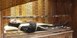 Ciało Ojca Pio - ekshumacja zwłok